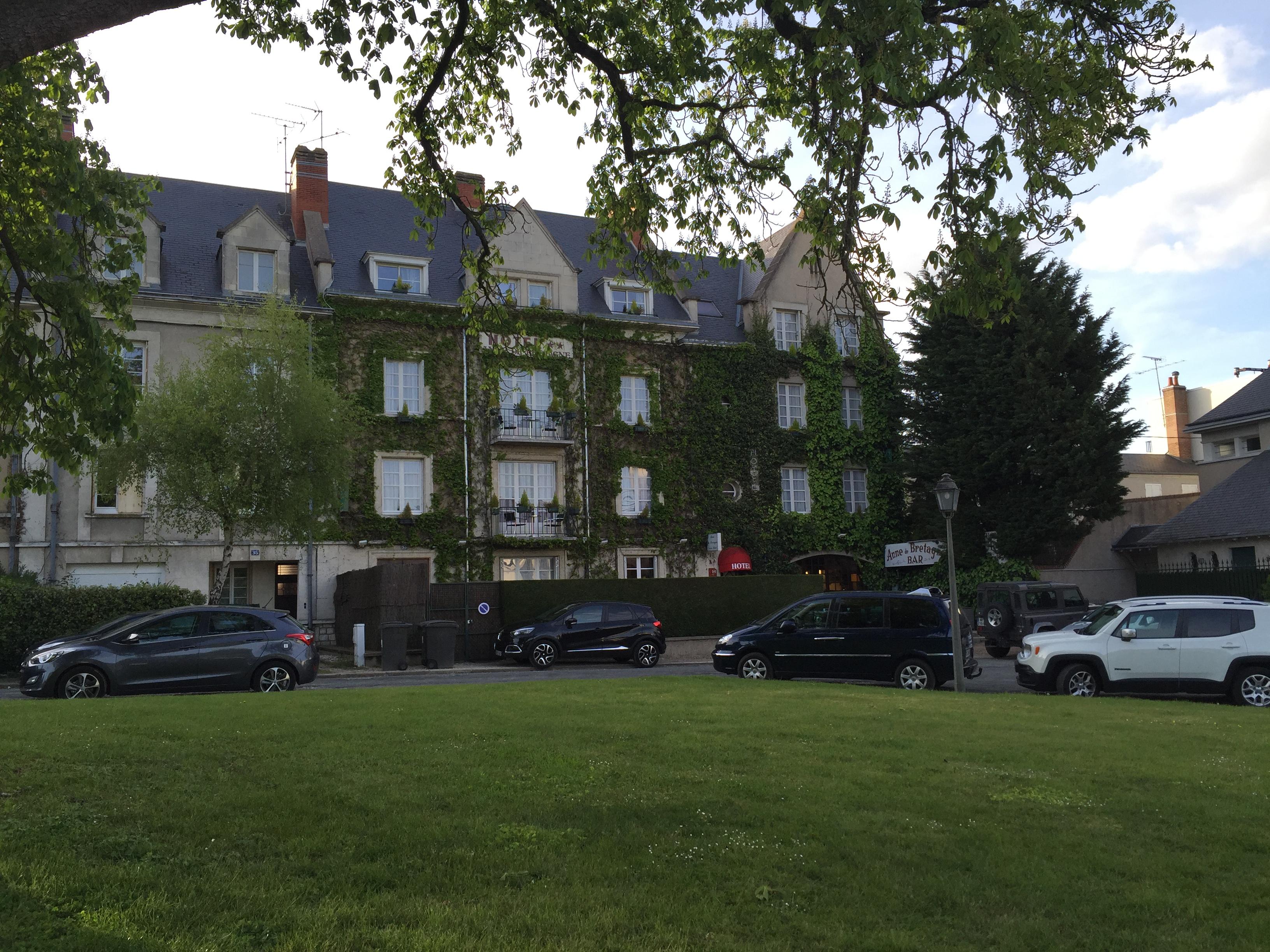 Hotel Anne De Bretagne Blois Loire Valley France