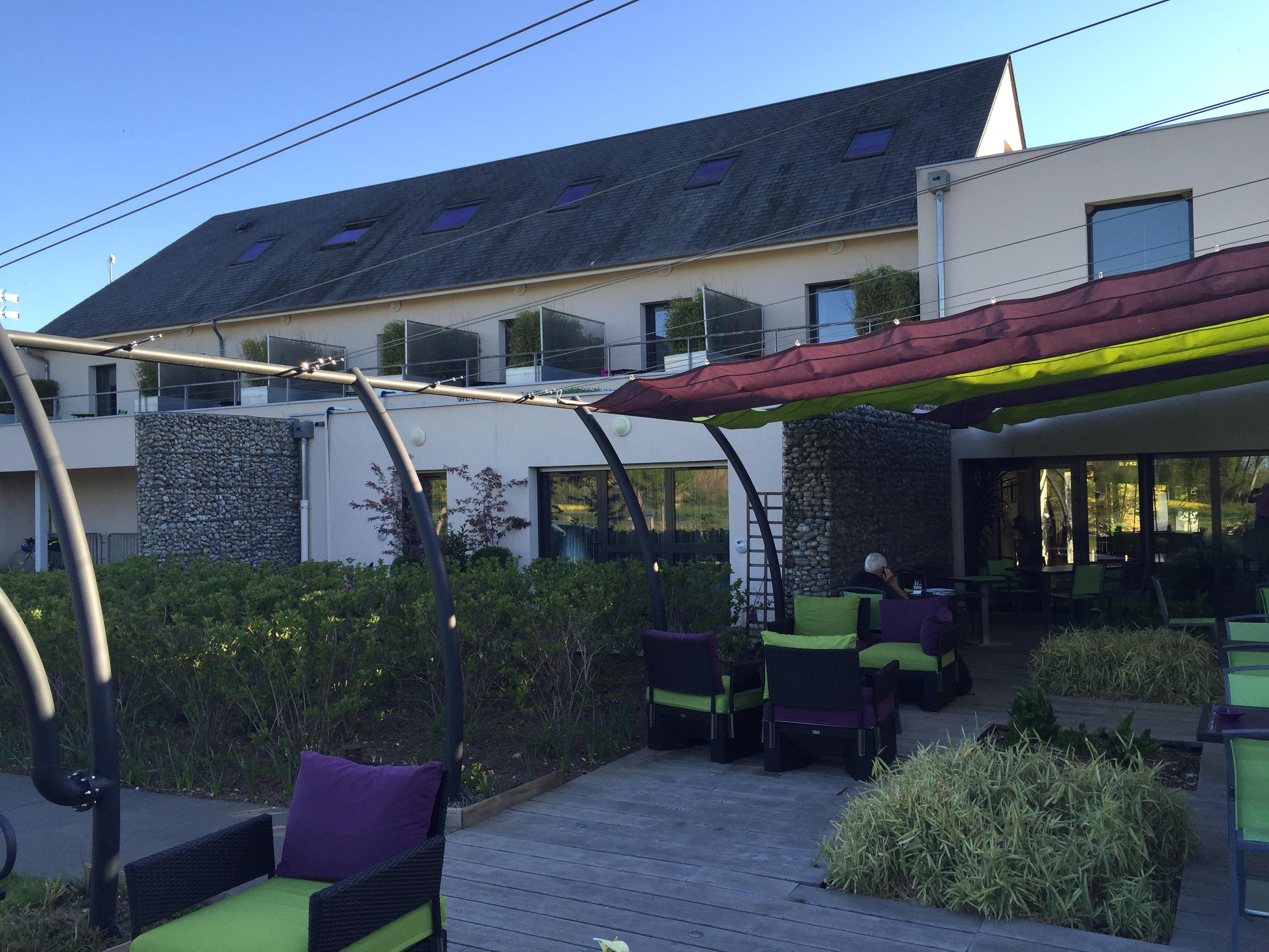 Hotel terre de loire belleville sur loire loire valley for Belleville sur loire piscine